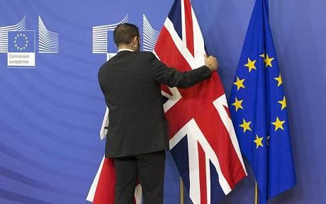 Что делать россиянам с выходом Великобритании из Евросоюза